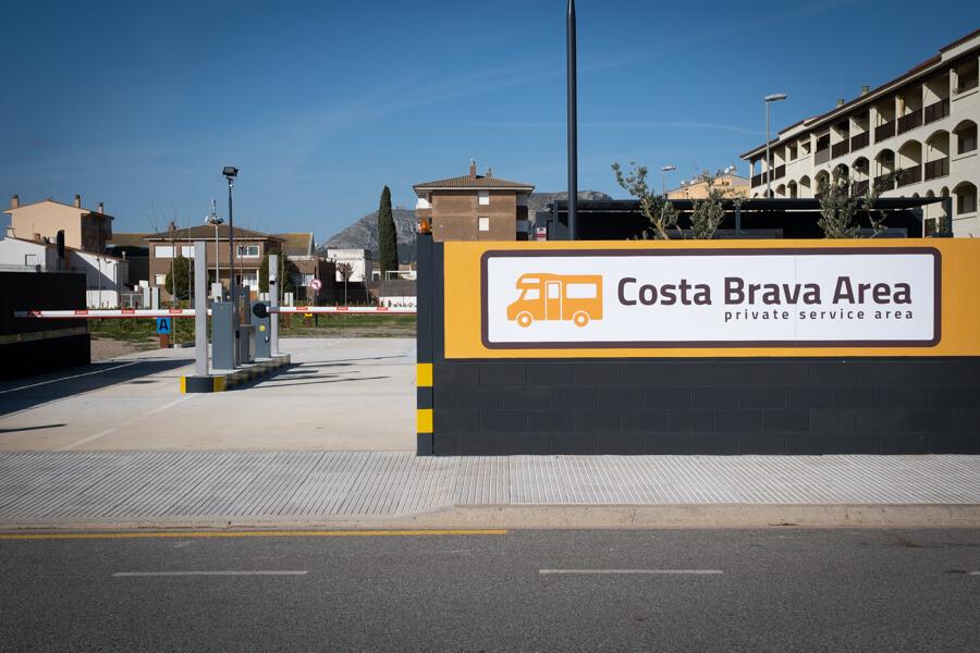 Inauguración del área de autocaravanas en el Estartit